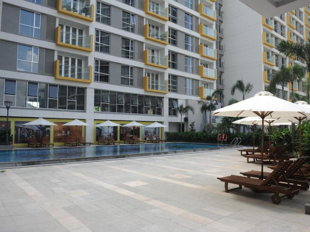 Swimming pool [outdoor] Saigon Airport Bluesky Serviced Apartment