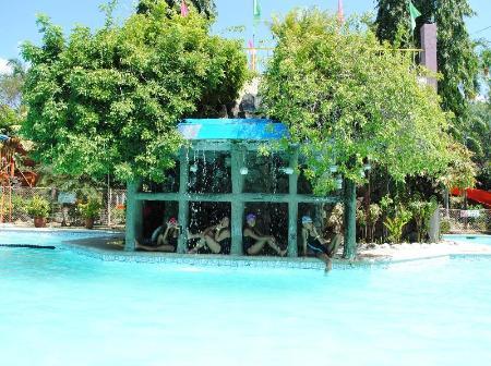 DJ Paradise Hotel in Malolos - Room Deals, Photos & Reviews
