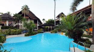 Phi Banyan Villa Hotel
