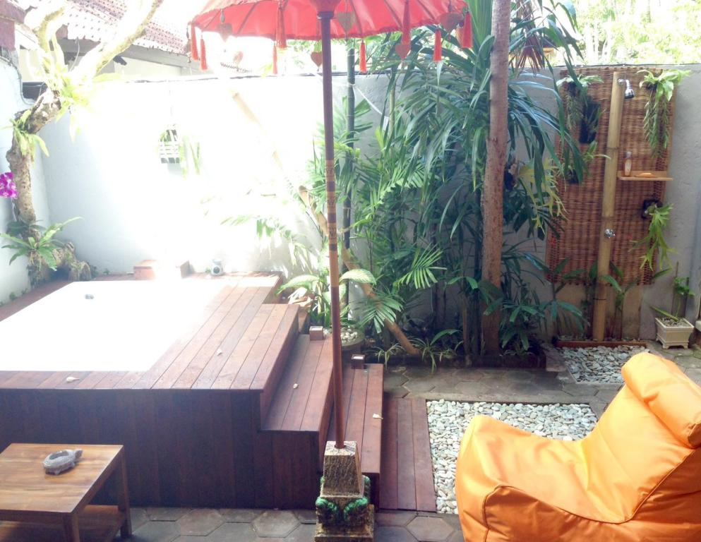 Seminyak Hideaway Villa Guesthouse Bed And Breakfast Bali Deals Photos Reviews