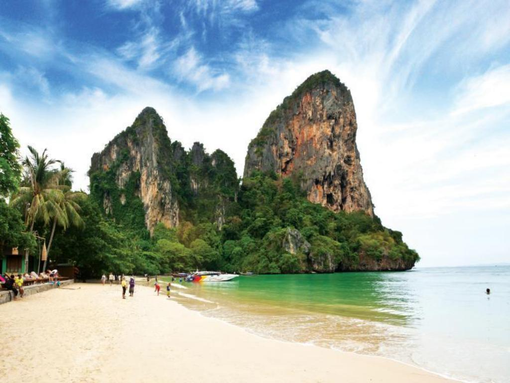 Best Price on Railay Bay Resort & Spa in Krabi + Reviews