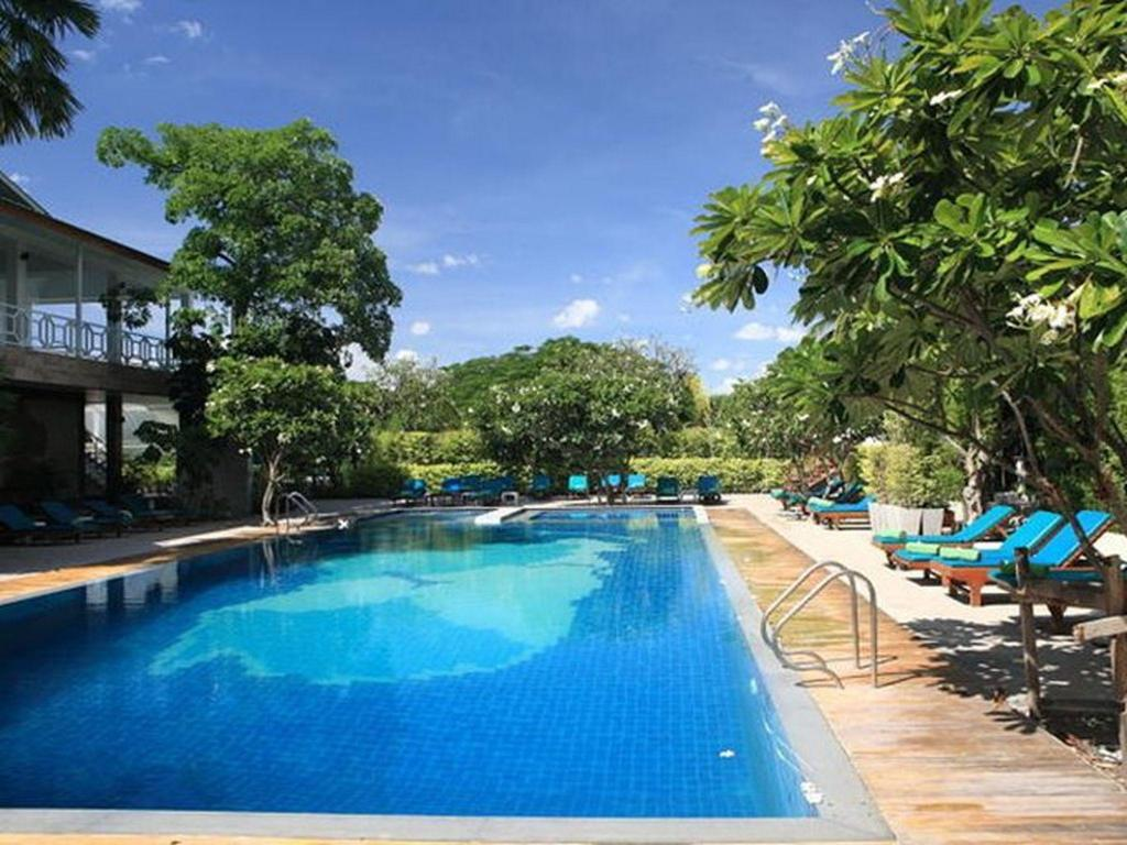More about River Kwai Hotel