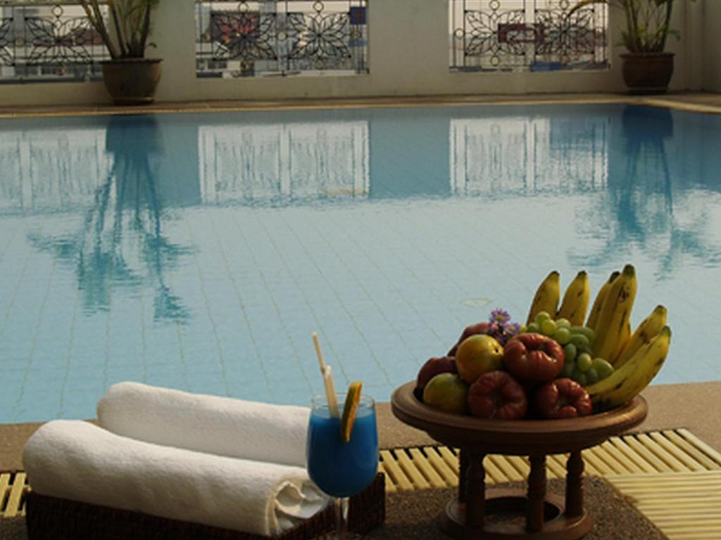 Swimming pool Royal Lanna Hotel
