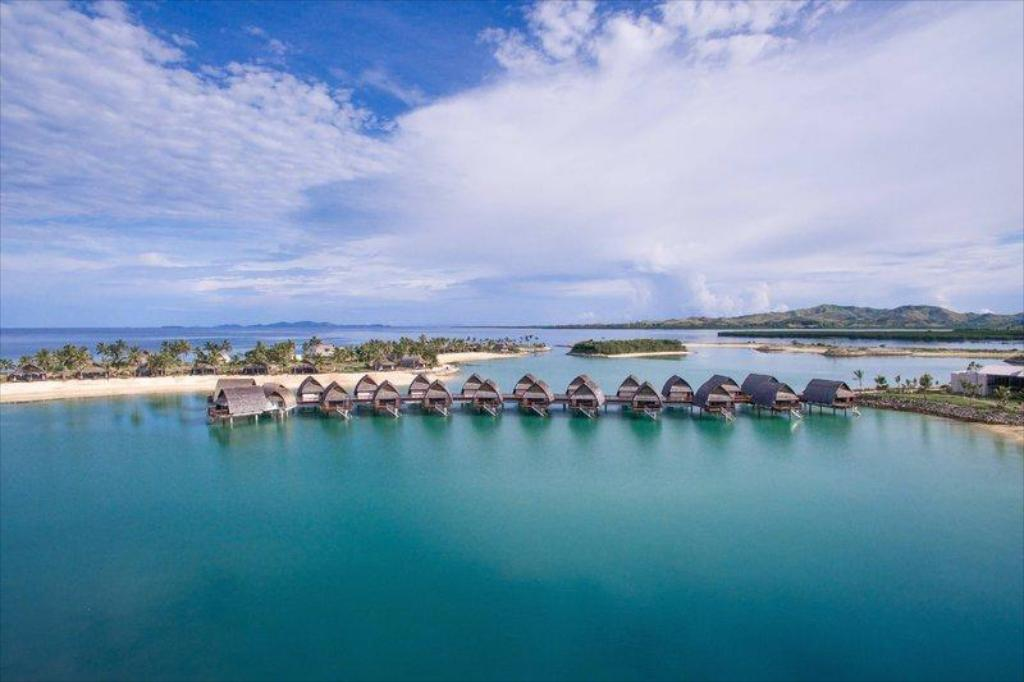 Fiji Marriott Resort Momi Bay Hotel (Coral Coast) - Deals, Photos