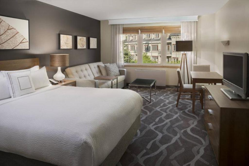 Peachy Residence Inn By Marriott Mont Tremblant Manoir Labelle Download Free Architecture Designs Ponolprimenicaraguapropertycom