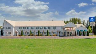 Americas Best Value Inn Tahquamenon Country