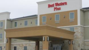 Best Western Plus Carrizo Springs Inn and Suites