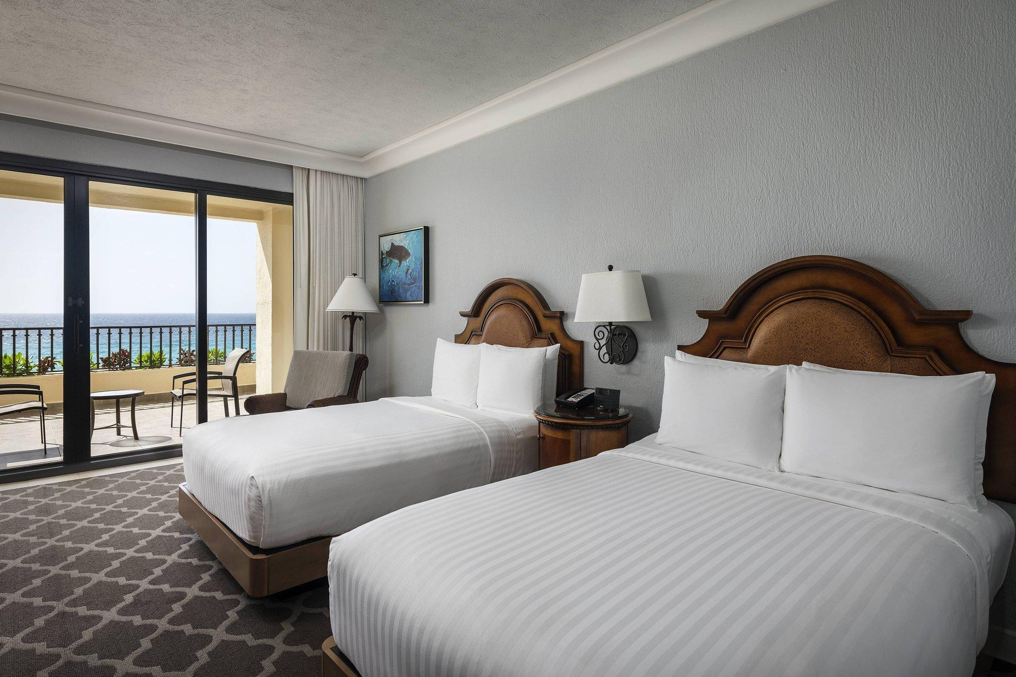 Oceanfront View, Guest room, 2 Double, Balcony
