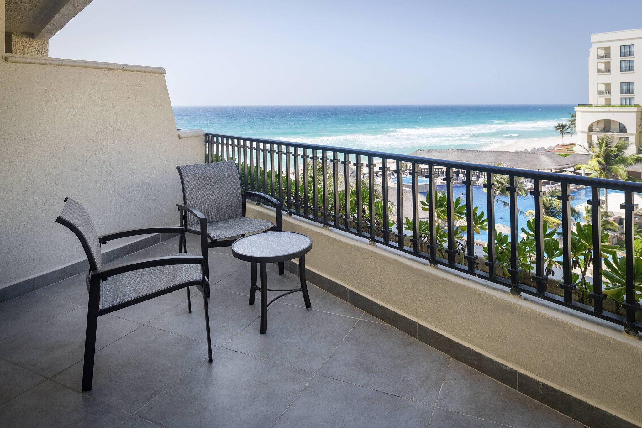 Partial Ocean View, Guest room, 2 Double, Balcony
