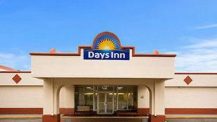 Days Inn by Wyndham Shelby