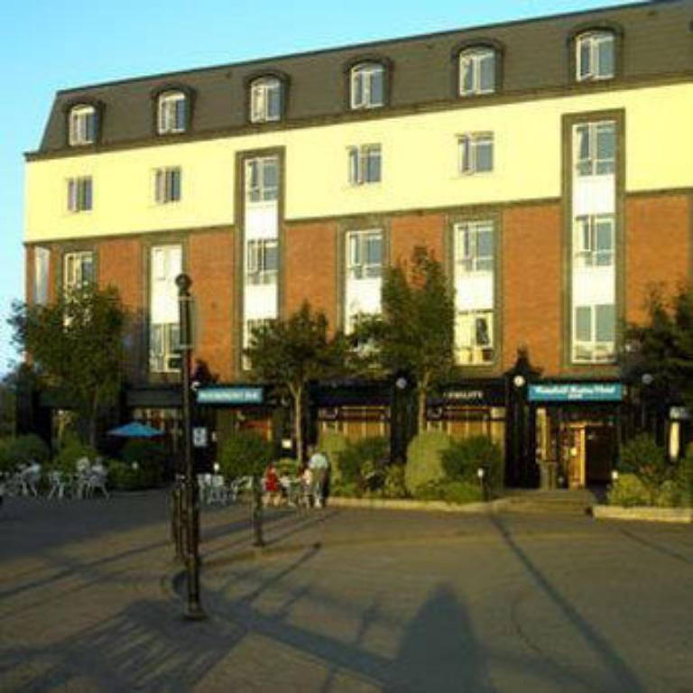 Exterior view Waterford Marina Hotel