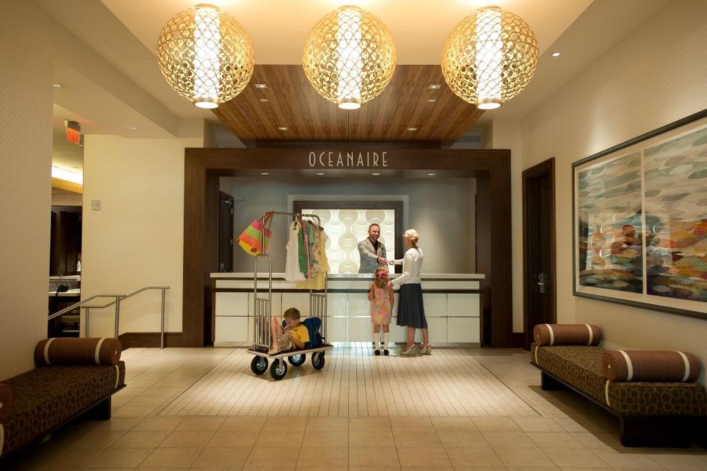 Oceanaire Resort Hotel in Virginia Beach (VA) - Room Deals
