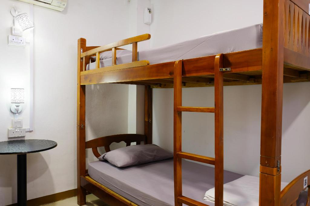 3 Single Beds - Bed