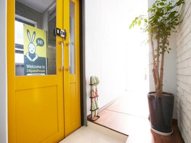 24 guesthouse gangnam in seoul room deals photos reviews rh agoda com