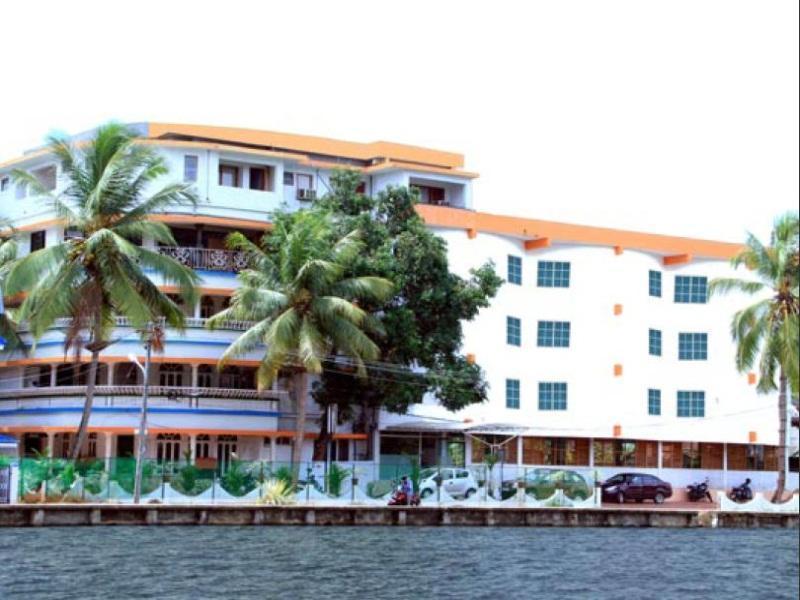oval retreat palace kochi india photos room rates promotions rh agoda com