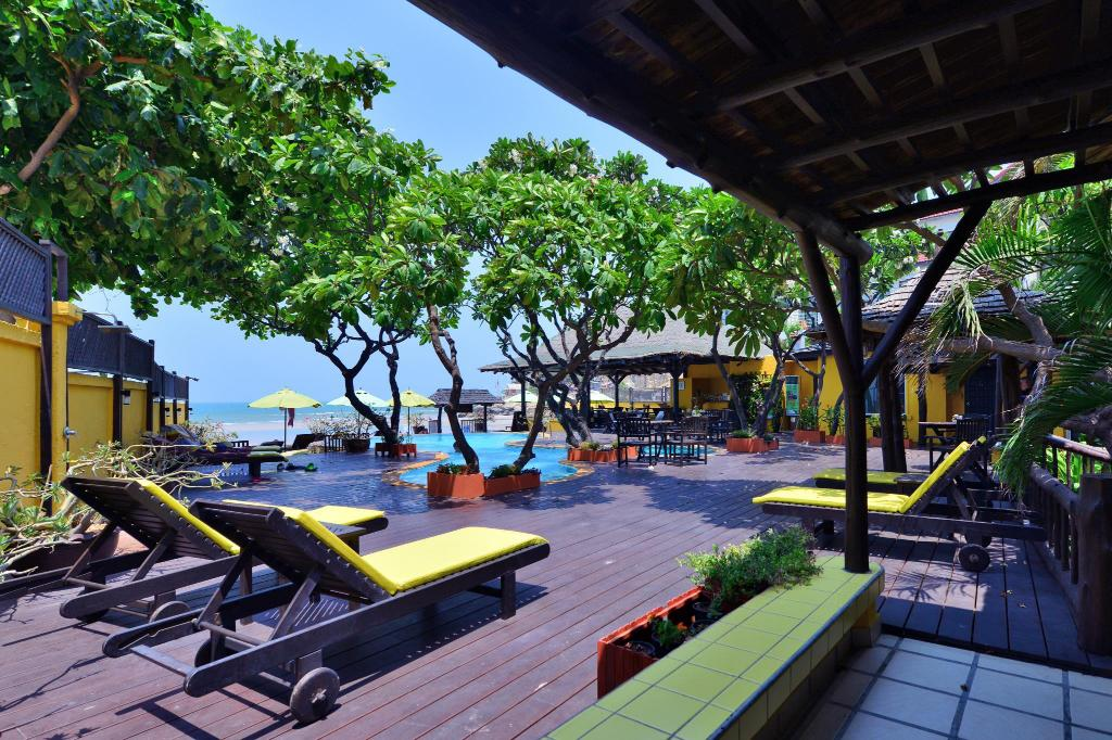 Sea View Supatra Hua Hin Resort