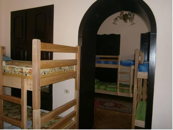 Lit dans un dortoir de 4 lits (Bed in 4-Bed Dormitory Room)