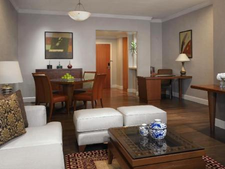 Two-Bedroom Suite Mayfair, Bangkok - Marriott Executive Apartments