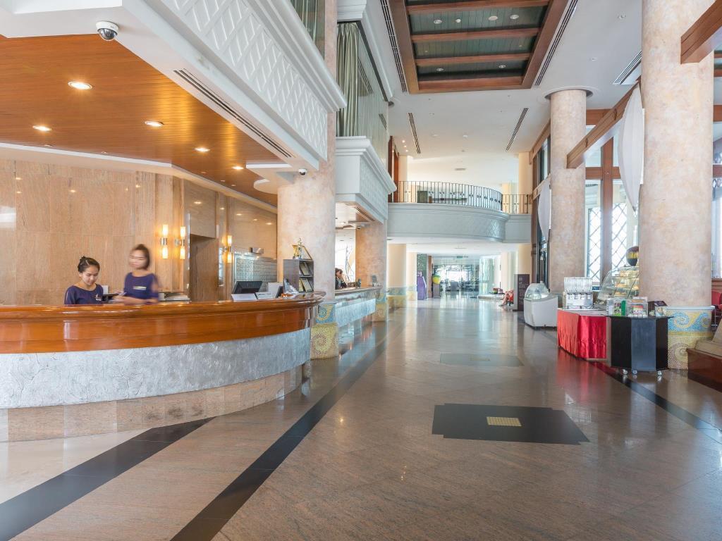 Long Beach Garden Hotel Spa In Pattaya Room Deals Photos