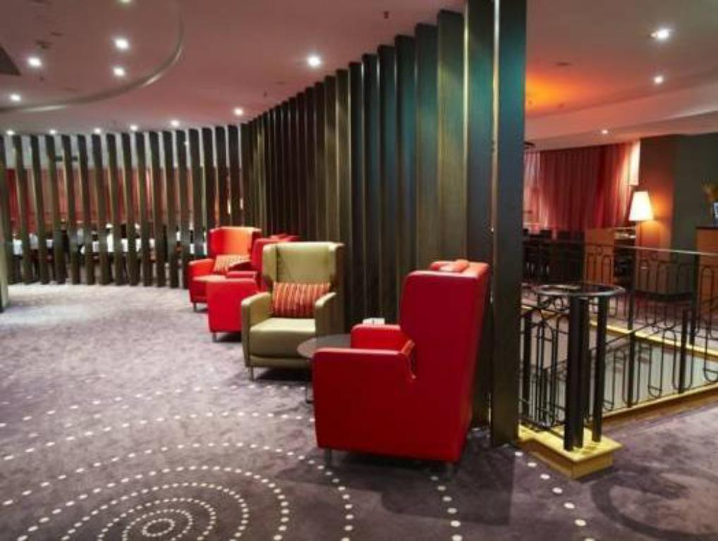 Best Price on Hotel Grand Chancellor Townsville in ...