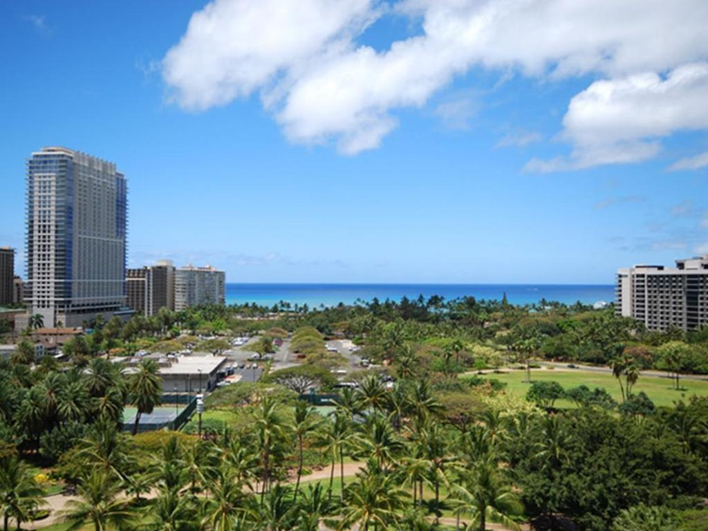 More about Hotel LaCroix Waikiki