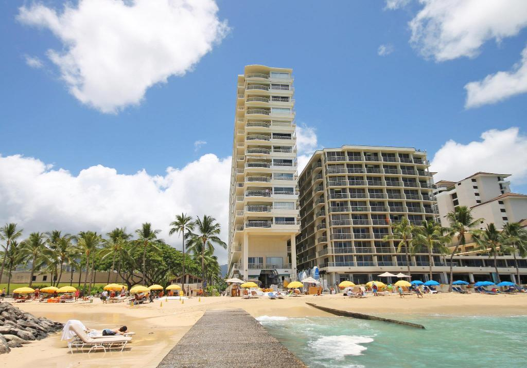 More about Castle Waikiki Shore Resort