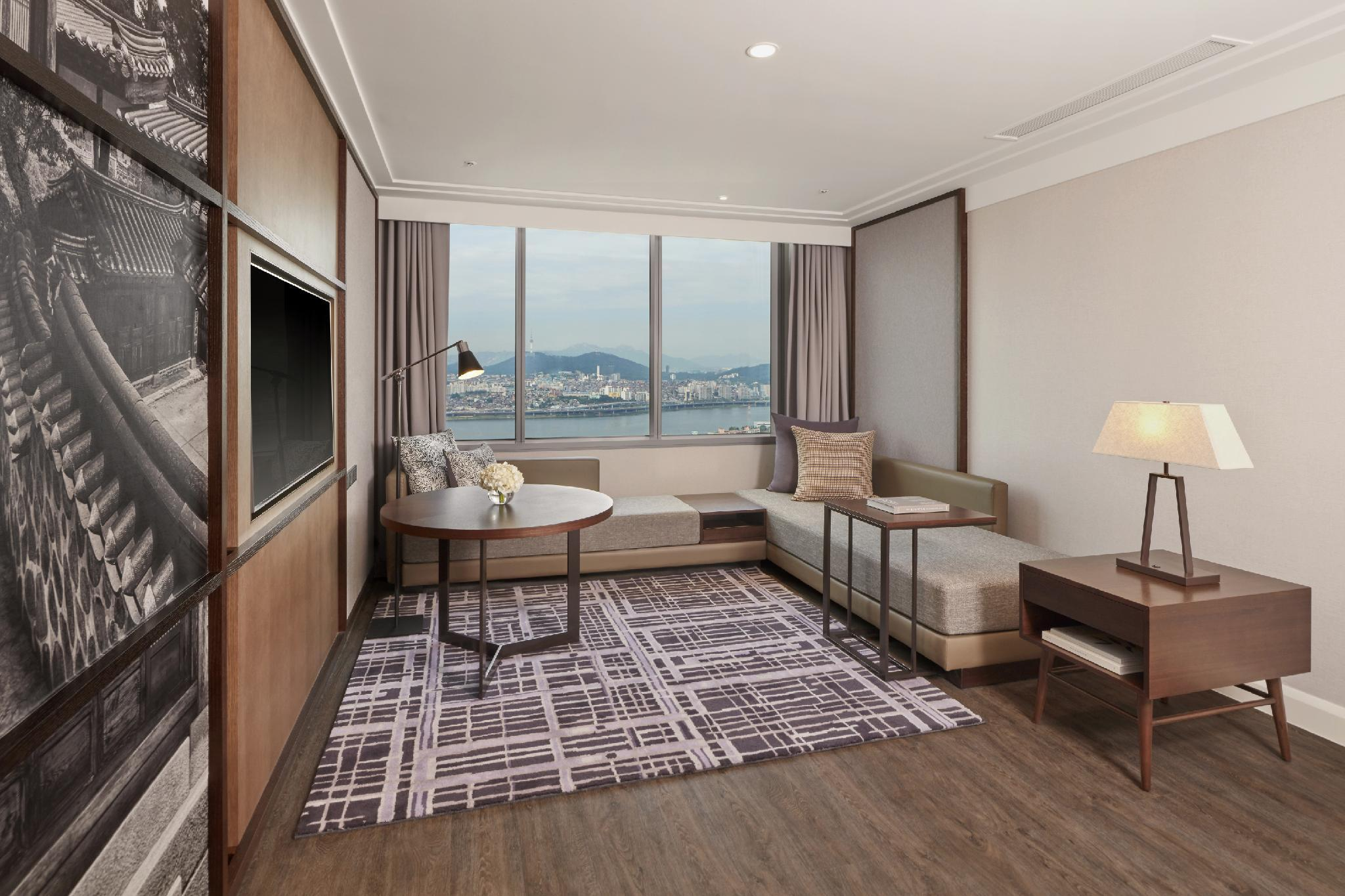 King Suite, Executive lounge access, 1 Bedroom Suite