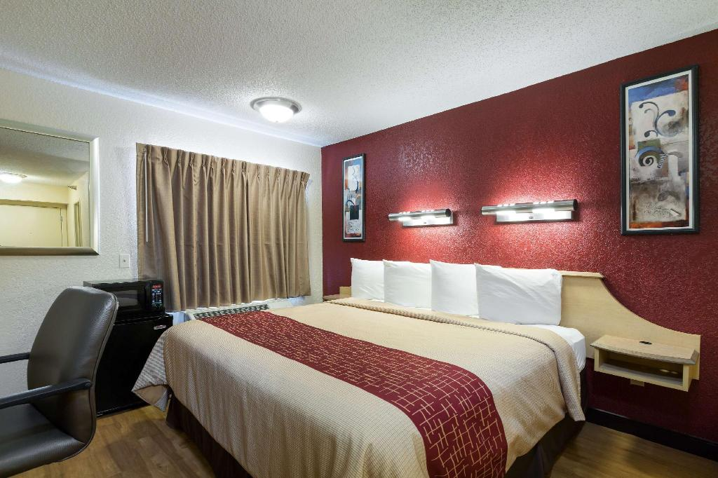 Superior King Smoking - Guestroom