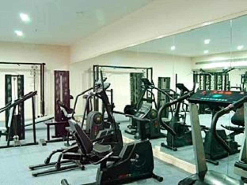 fitness centrum K K Royal Hotel