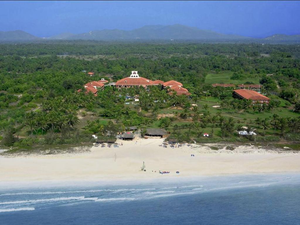 carabela beach resort and casino