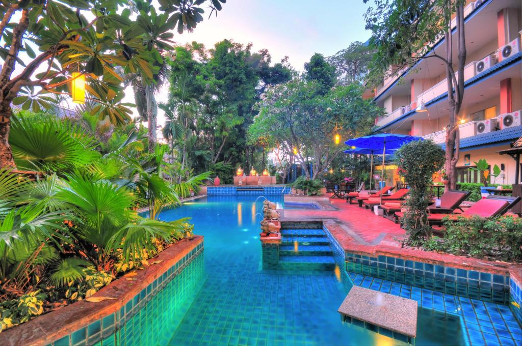 VITS Gazebo Resort Pattaya