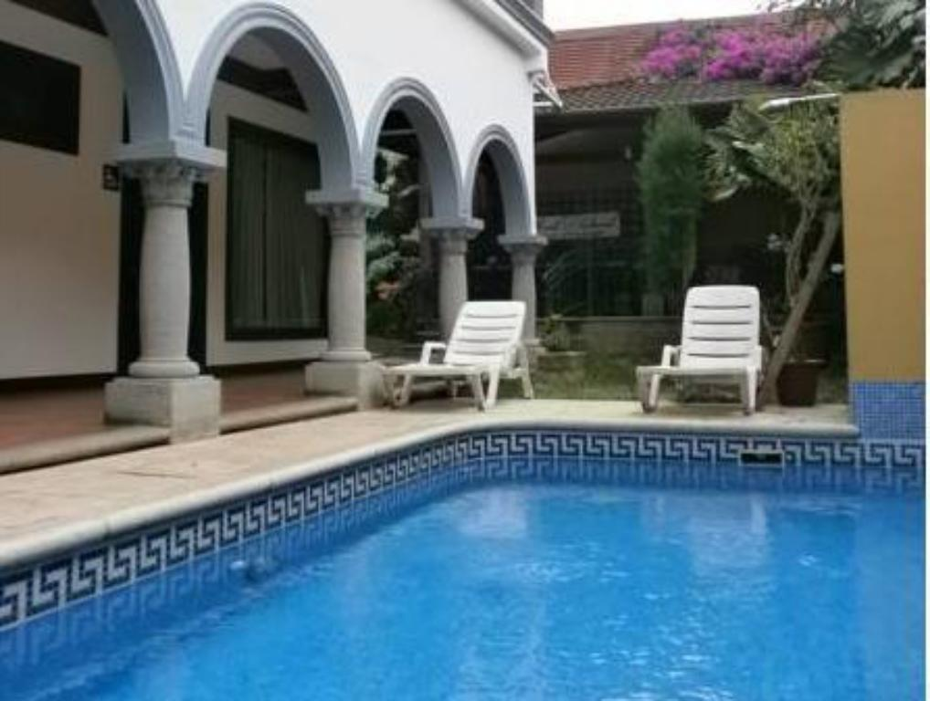 Swimmingpool Hotel Colonial