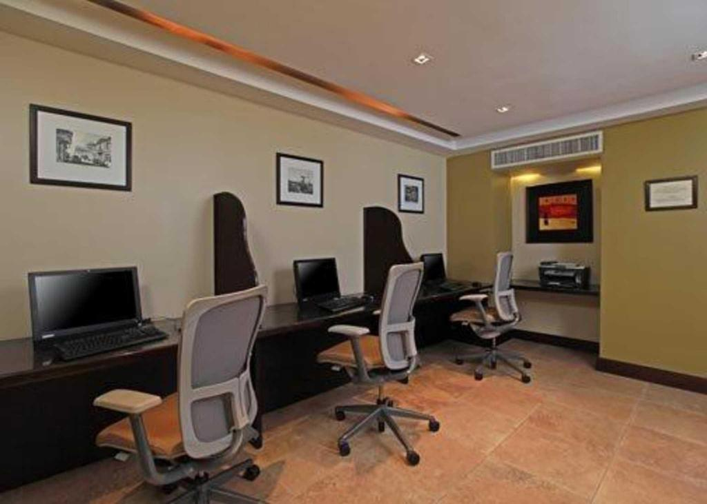 Business Center Quality Hotel Real San Jose