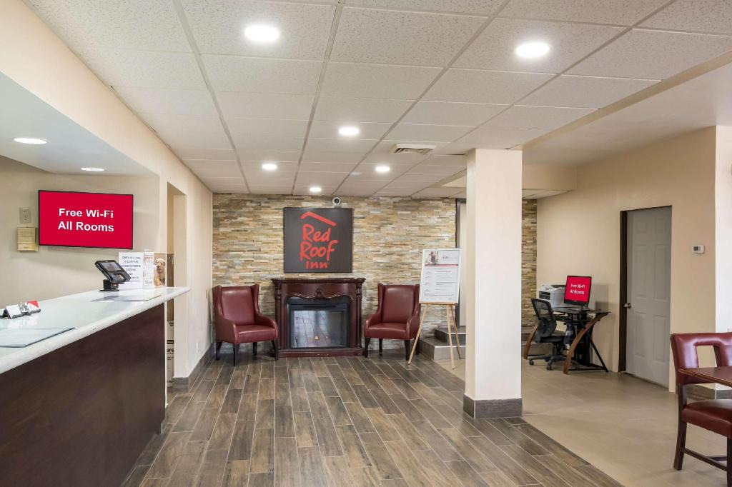 Red Roof Inn Wilmington Nc In Wilmington Nc Room