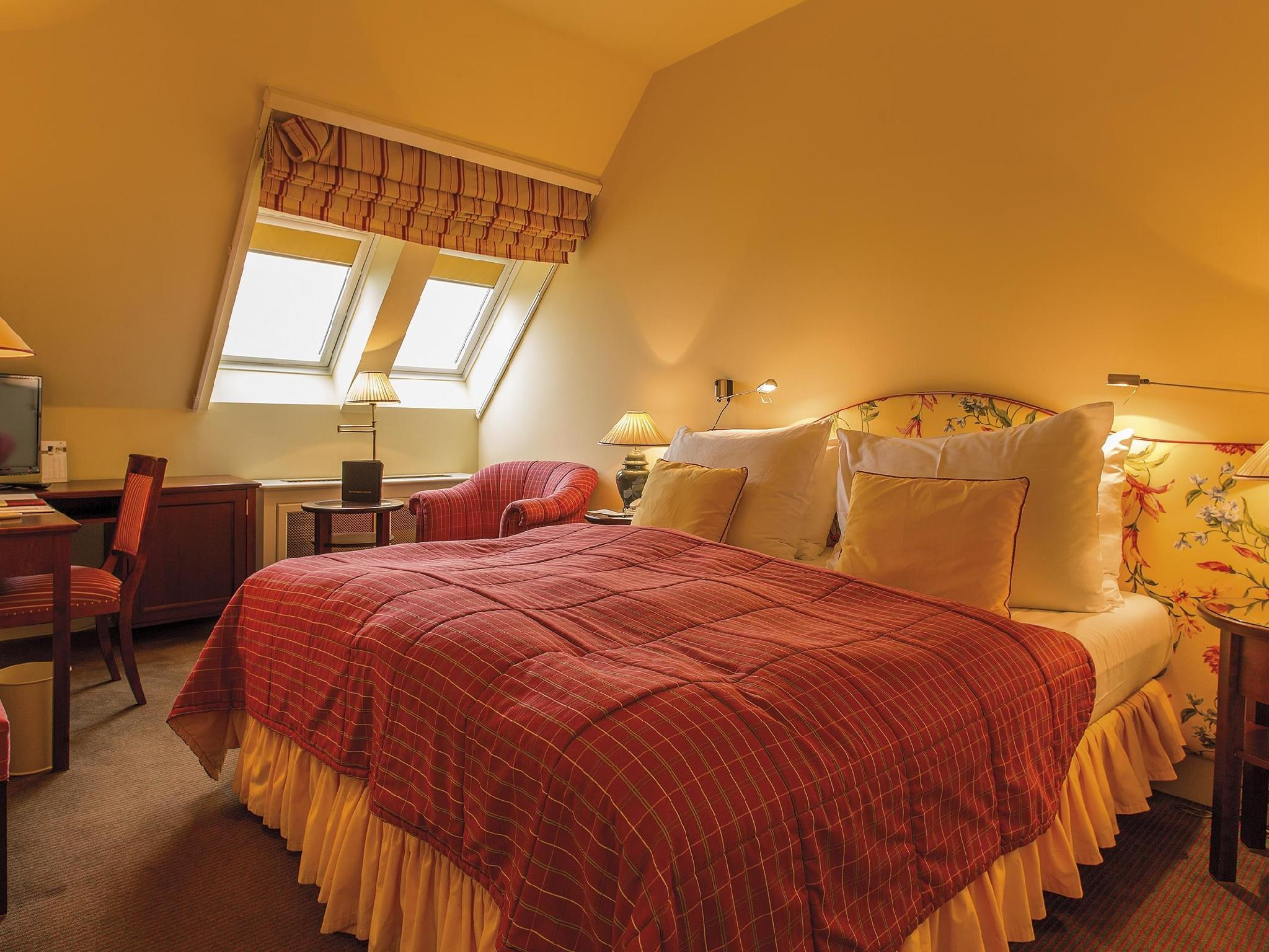 Klassisches Doppel- oder Zweibettzimmer (Classic Double or Twin Room)