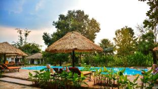 Villa Kep Resort (Adults Only)