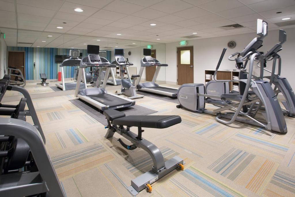 gimnasio Holiday Inn Express & Suites Marion