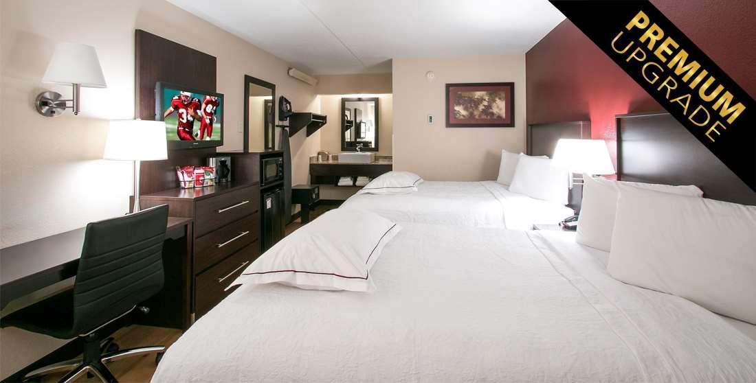 Premium 2 Full Beds (Upgraded Bedding & Snack, Smoke Free)