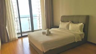 *FREE WIFI*Spacious @ country garden danga bay