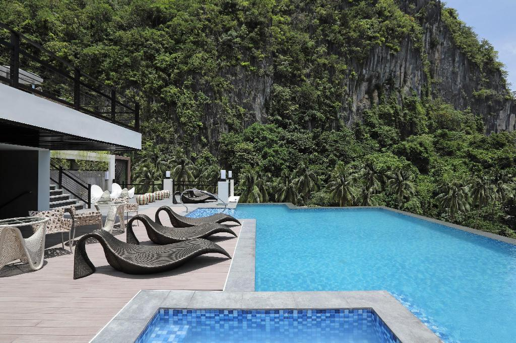 Swimming pool [outdoor] Lagun Hotel El Nido