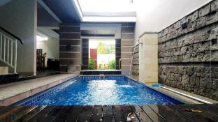 Keiko Villas Uluwatu Two Bedroom with Private Pool