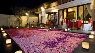 Romantic One Bedroom Private pool Villa Kuta