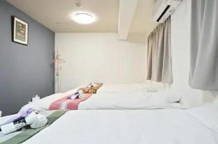 3 mins from Nankai Namba station (Namba area) 302