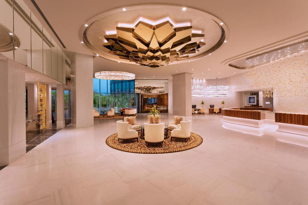 Lobby ITC Kohenur, a Luxury Collection Hotel, Hyderabad