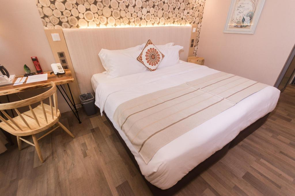 Budget Double Room Cuna Hotel