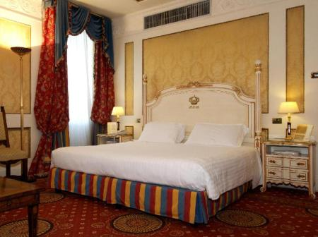Superior Double or Twin - Room plan Hotel Splendide Royal - Small Luxury Hotels of the World