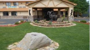 Hotels near Garlic Mike's, Gunnison (CO) - BEST HOTEL RATES