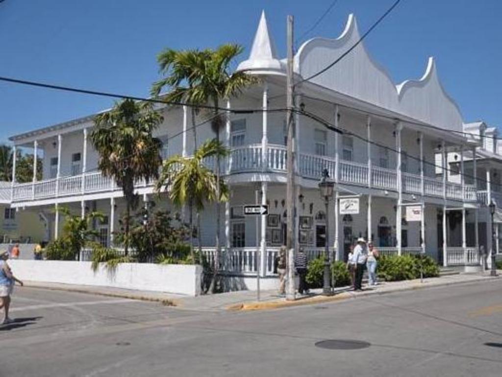 Douglas House Key West Fl Booking Deals Photos Reviews