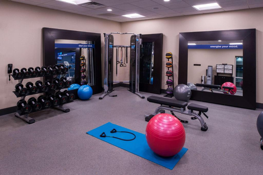 Fitness center Hampton Inn & Suites Atlanta/Marietta
