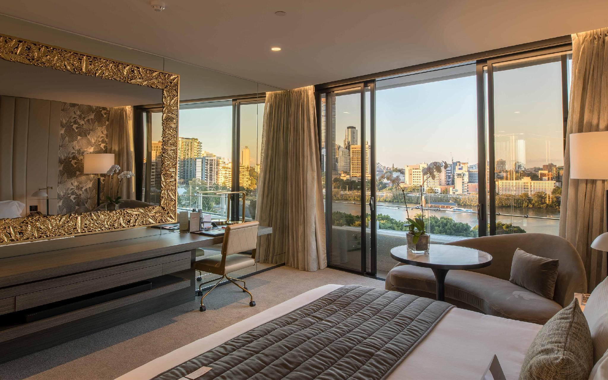 River and City View King Suite